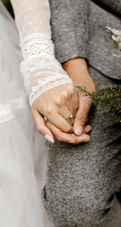 3 Ways To Encourage Your Non-Christian Husband